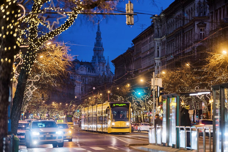 A jelenlegi közlekedést biztosító, Siemens által gyártott járművek (Fotó: Bódis Krisztián)